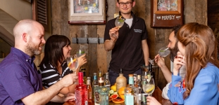 7 Best Gin Tasting Experiences In Manchester